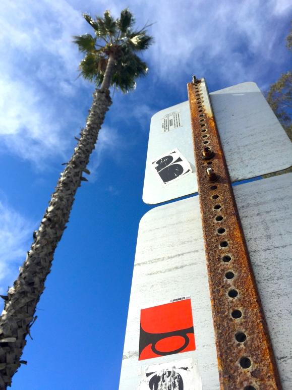 Santa Barbara - Le Sonneur - Street Art