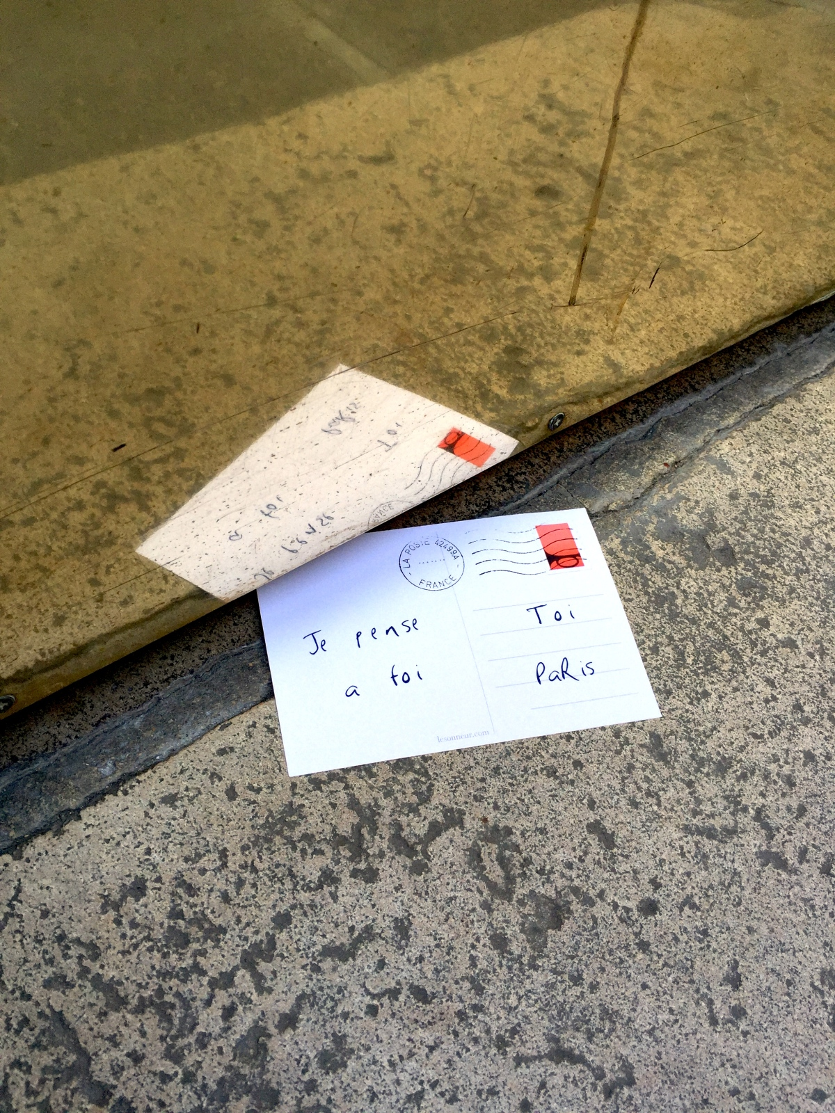 "Love postcards ""Je pense à toi"" - Paris - 2015 - Le Sonneur"