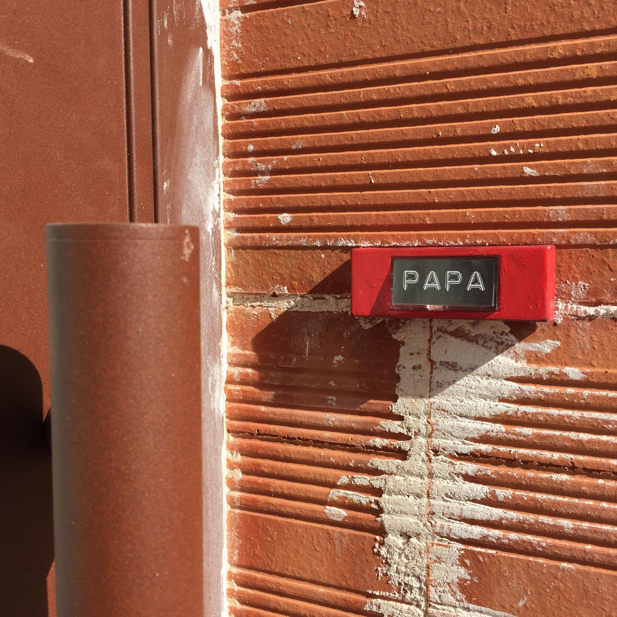 """Father's day """"Papa"""" - Paris 19 ème arrondissement - 2015 - Le Sonneur"""
