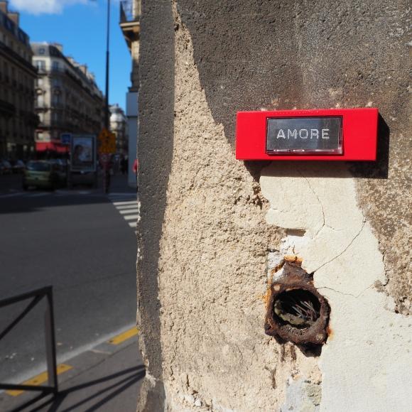 He or she « Amore » – Paris 8ème arrondissement – 2015 – Le Sonneur