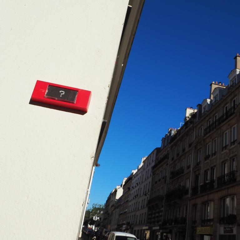 « ? » – Paris – 2016 – Le Sonneur