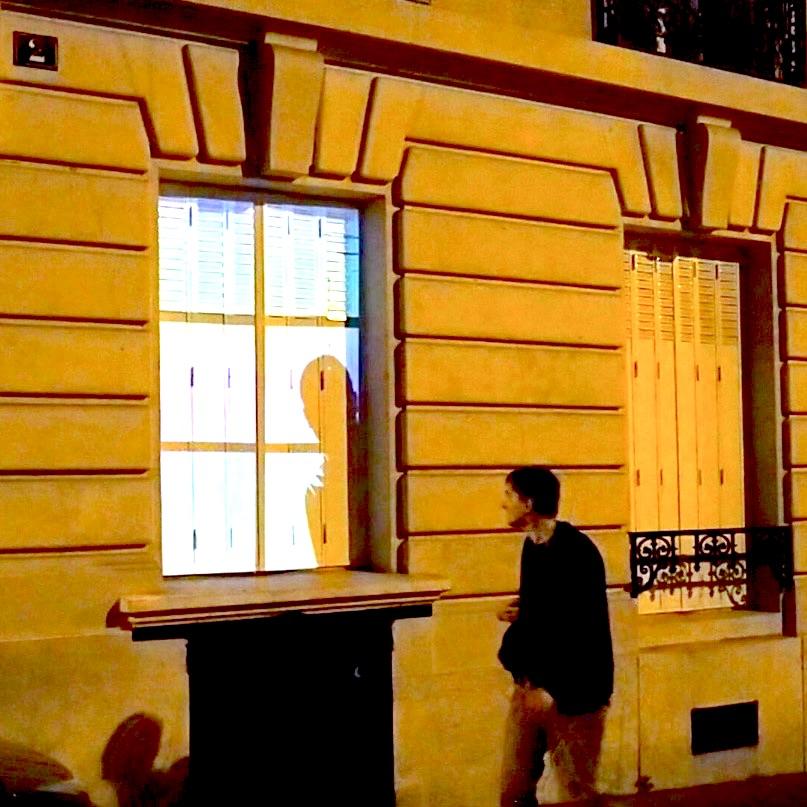 Street video mapping FLEETING DOOR (30) - Paris - LE SONNEUR 🔑🔔🚪