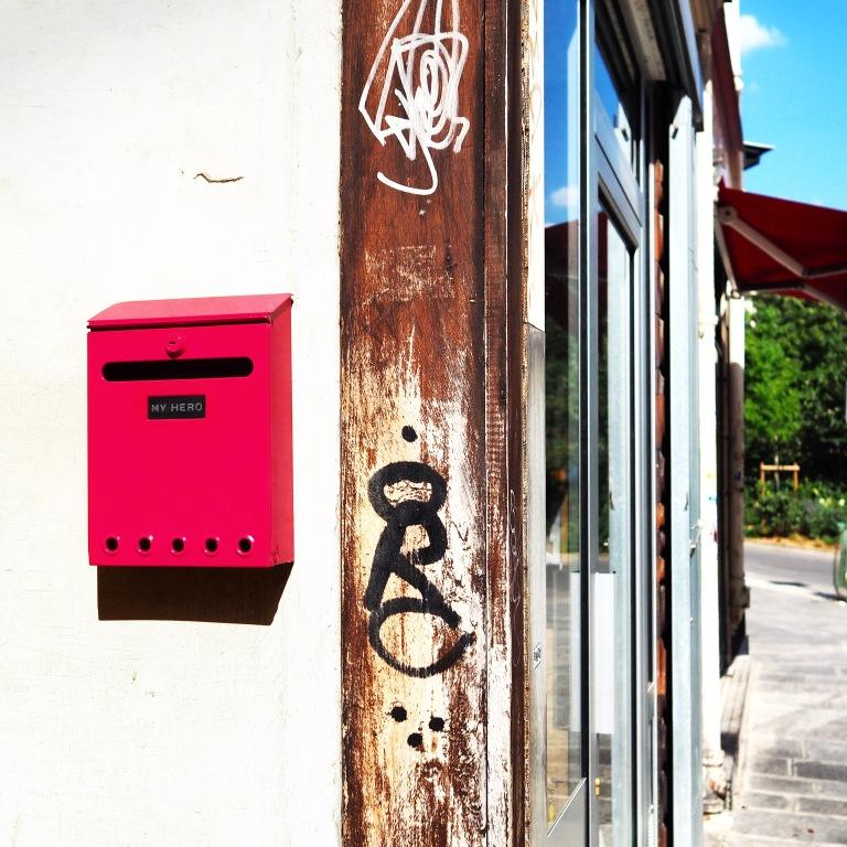 """""""My Hero"""" Mailbox – Le Sonneur – 2018 – Paris"""
