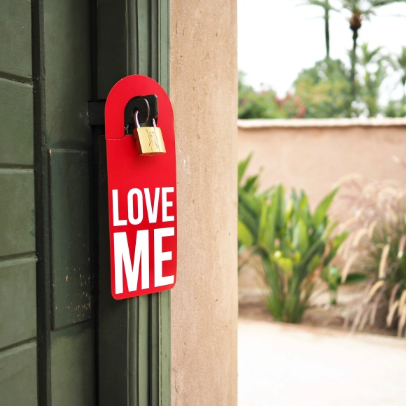 """Love Me"" Door Hanger - Marrakesh - Le Sonneur - 2019"