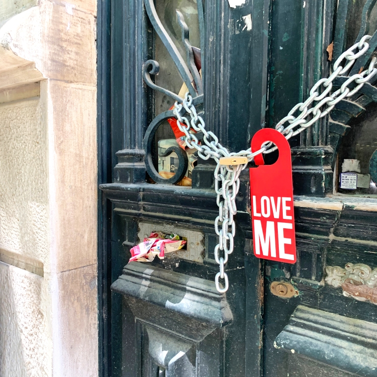 « Love Me » Door Hanger – Le Sonneur – Lisbon – 2019