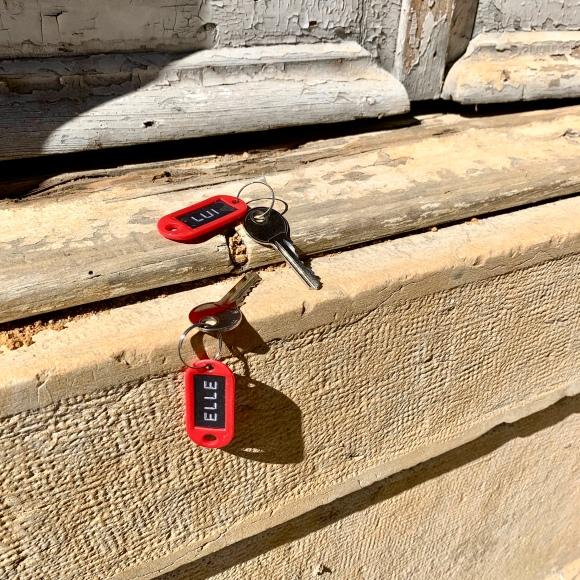 « Elle » & « Lui » Abandoned Keys – Le Sonneur – Lisbon – 2019