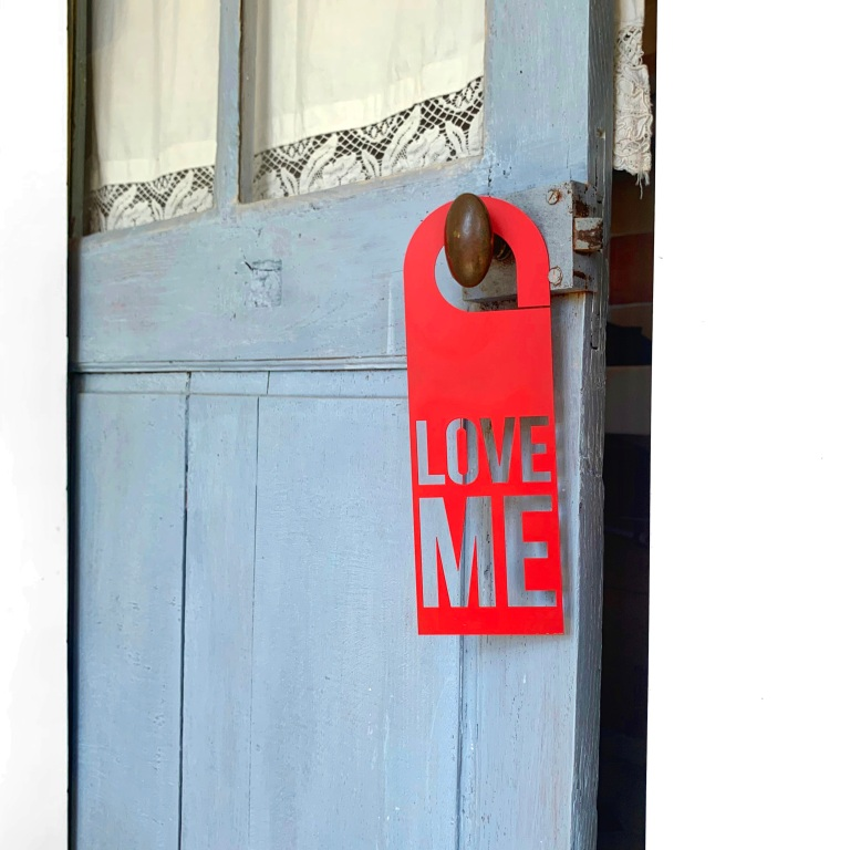 Door Hanger Love Me - Steel – Le Sonneur – Somewhere – 2020